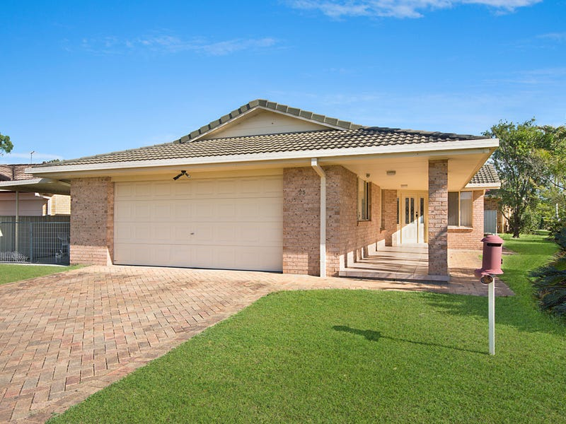 25 The Mainbrace, Yamba, NSW 2464