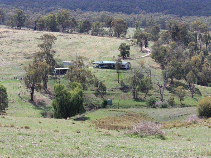 80 Clarkes Hill Road, Maragle, NSW 2653