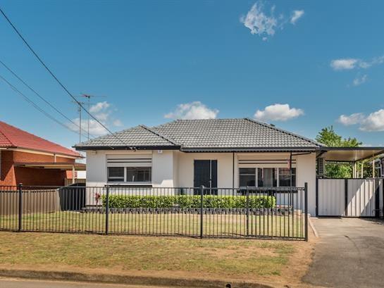 23 Burford St, Colyton, NSW 2760