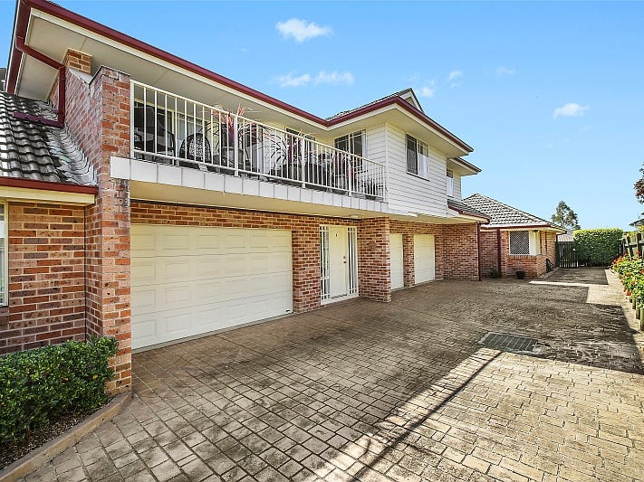 2/9 Melbourne Street, East Gosford, NSW 2250