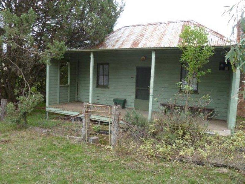 22-24 Britannia Street, Reids Flat, NSW 2586