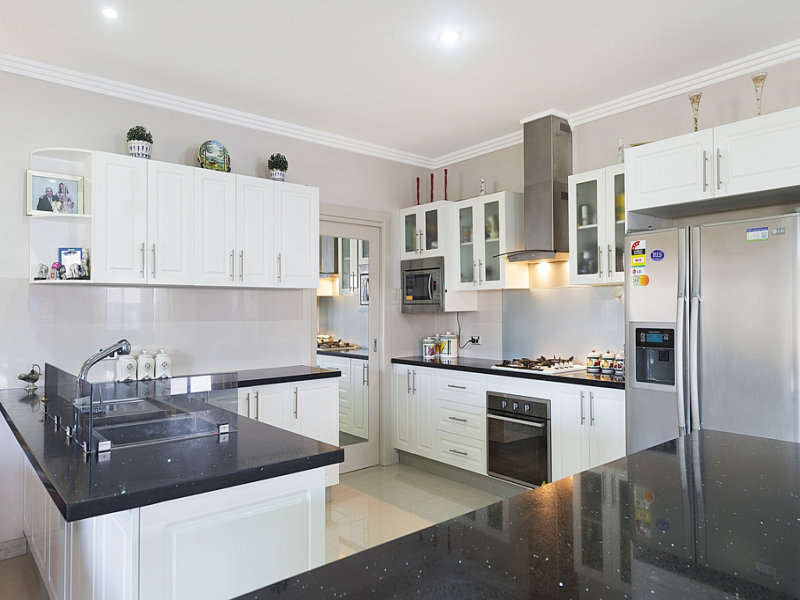 23 paddock street the ponds nsw 2769 property details for Kitchen cabinets quality levels