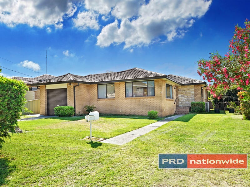 3 Inverness Road, South Penrith, NSW 2750