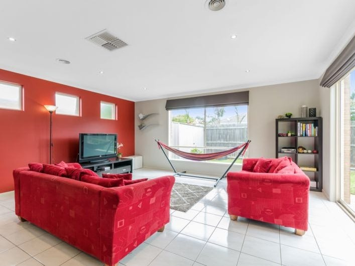 11 Wicklow Place, Grovedale, Vic 3216