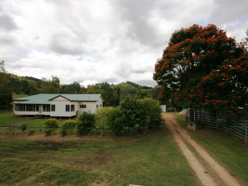 982 East Funnel Creek Rd, Sarina Range, Qld 4737