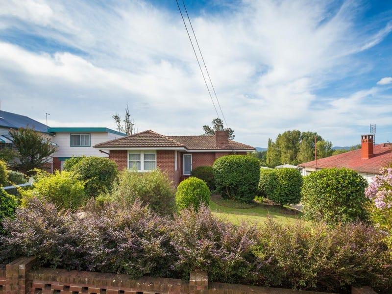 13 Bega Street, Bega, NSW 2550