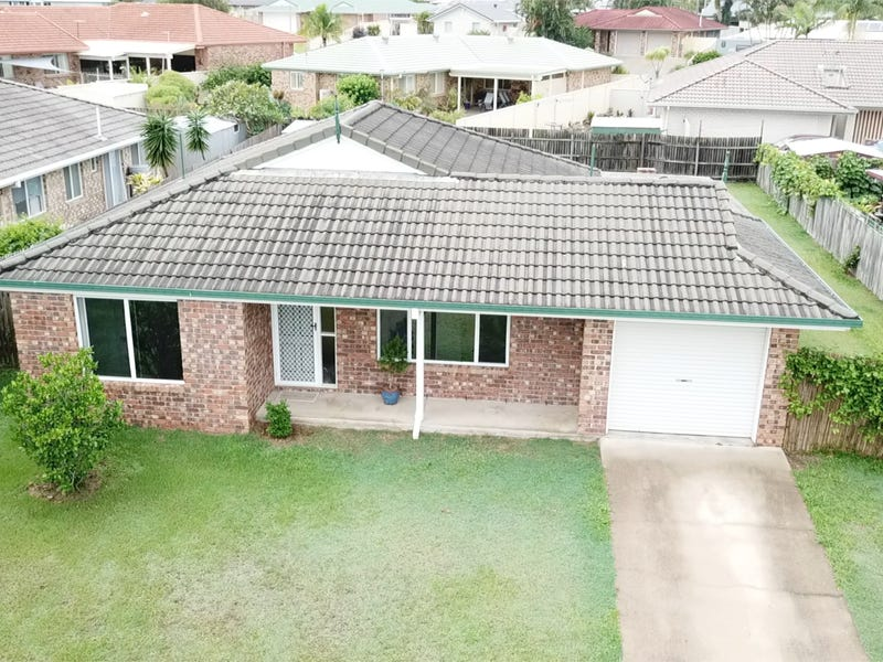 4 Lancaster Place, Sandstone Point, Qld 4511