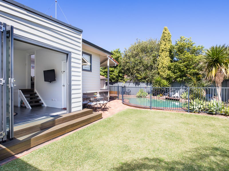 25 Gillham Avenue, Caringbah South, NSW 2229