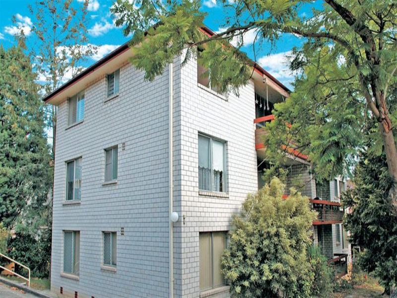 8/76-80 Hunter Street, Hornsby, NSW 2077