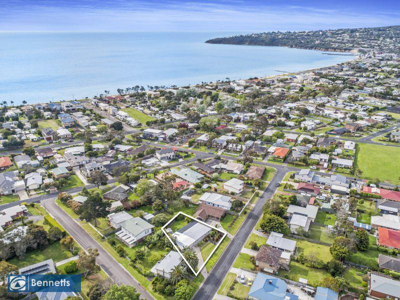 23 Tassel Road, Safety Beach, Vic 3936
