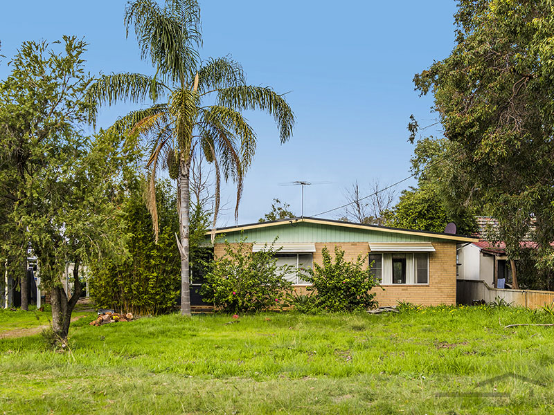 33 Roy Road, Coodanup, WA 6210