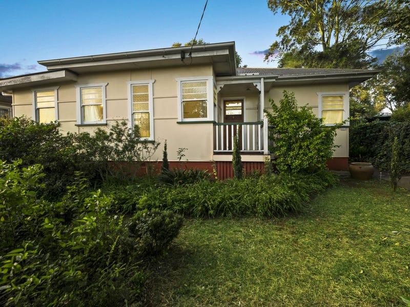 27 Geoffrey Street, Mount Lofty, Qld 4350