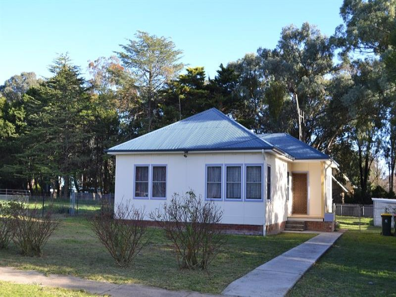 62 Olive St, Mandurama, NSW 2792