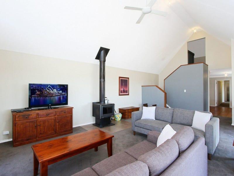 24 Wedgetail Lane, East Jindabyne, NSW 2627