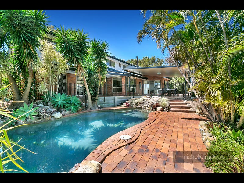 9 Brookvale Close, Kenmore Hills, Qld 4069