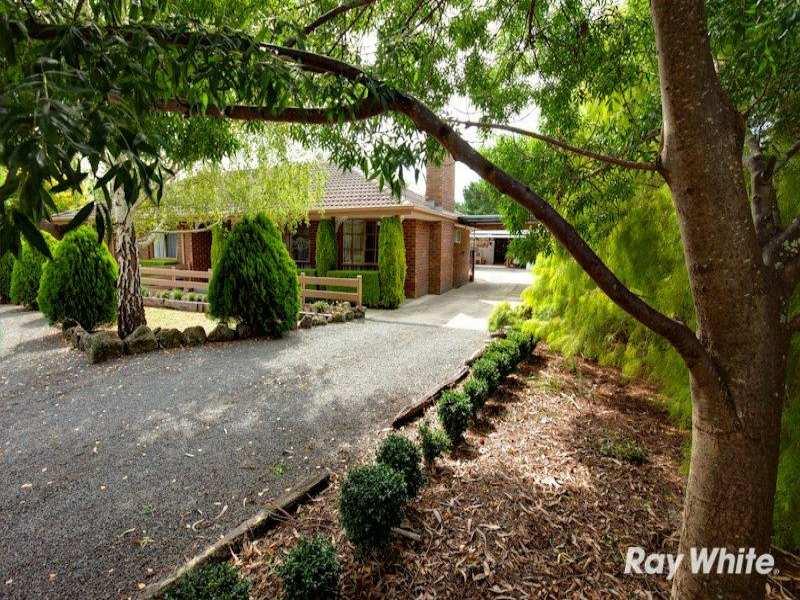 93 Wattle Tree Road, Bunyip, Vic 3815