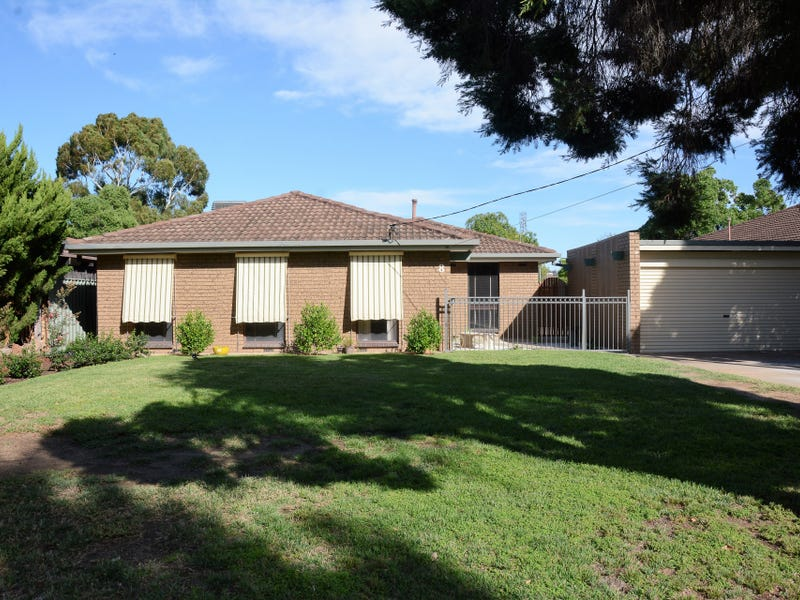 8 Huron Crescent, Lake Albert, NSW 2650