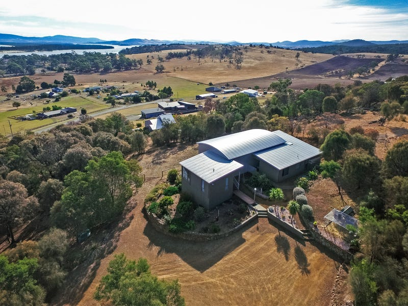 2 Whitefoord Parade, Dodges Ferry, Tas 7173