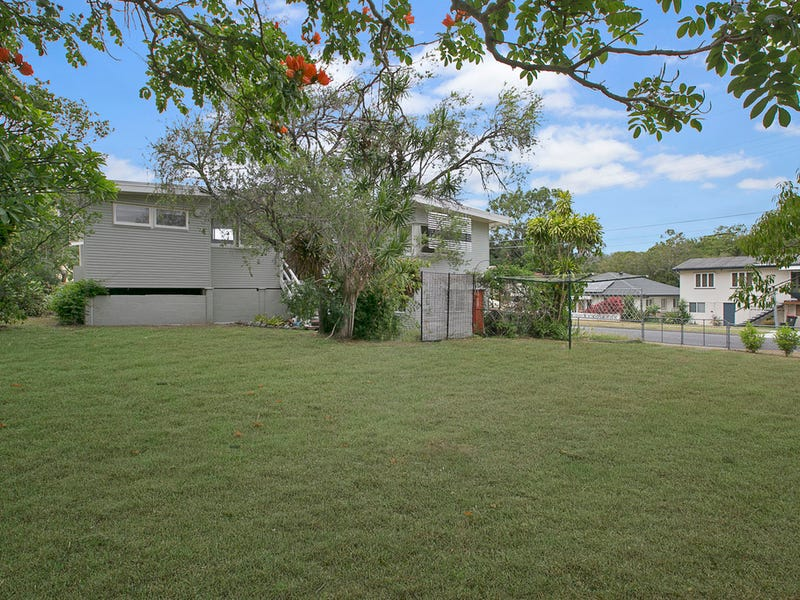 2 Birru Street, Wynnum West, Qld 4178