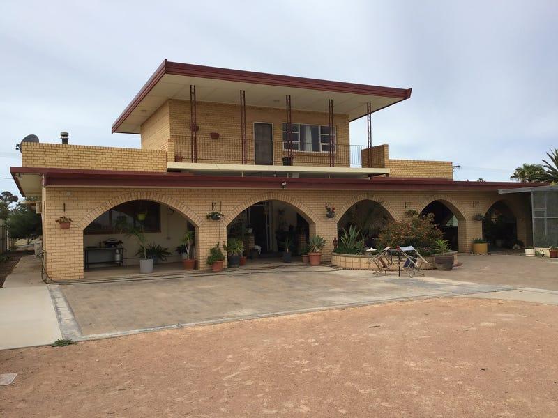13 Park Terrace, Ceduna, SA 5690