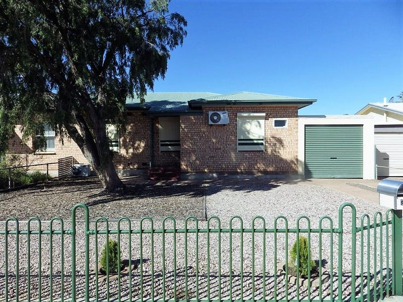 32 MUDGE STREET, Whyalla Norrie
