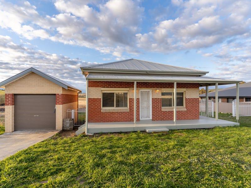 34 Johnston Crescent, Blayney, NSW 2799