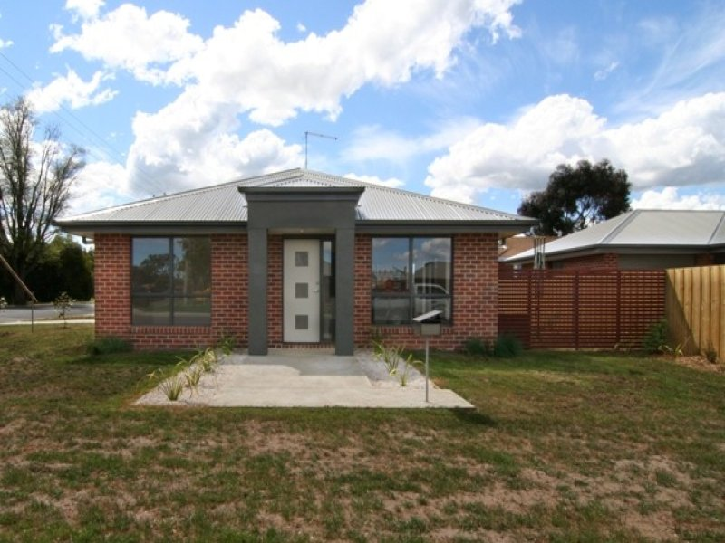 1/139 Wellington Street, Longford, Tas 7301