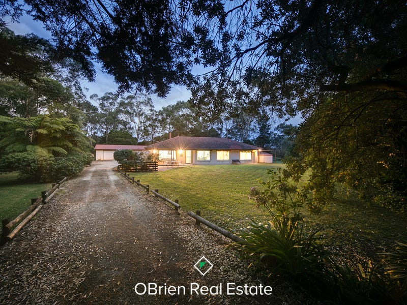 170 Beaconsfield-Emerald Road, Beaconsfield, Vic 3807