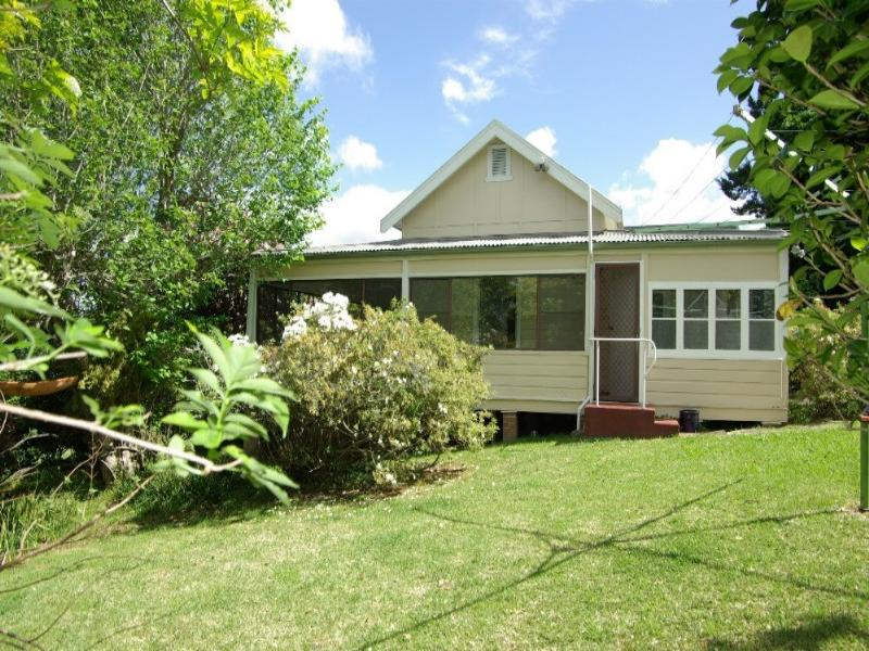 1350 Bells Line Of Road, Kurrajong Heights, NSW 2758
