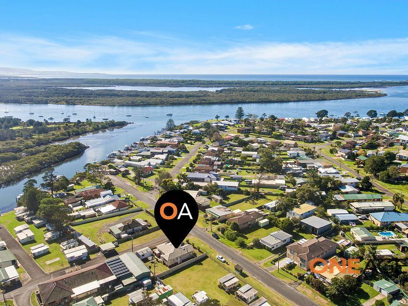 17 West St, Greenwell Point, NSW 2540