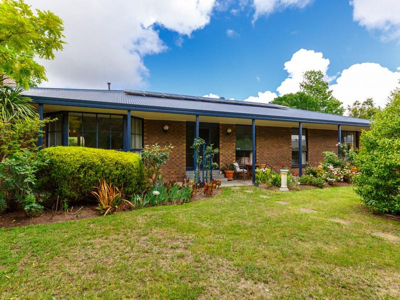 8 ELIZABETH Court, Sale, Vic 3850