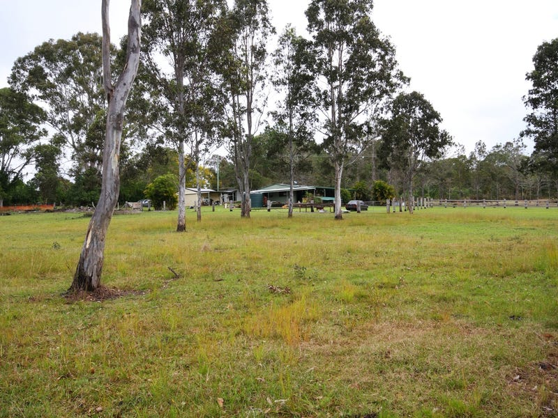 33 Straughair Lane, Traveston, Qld 4570