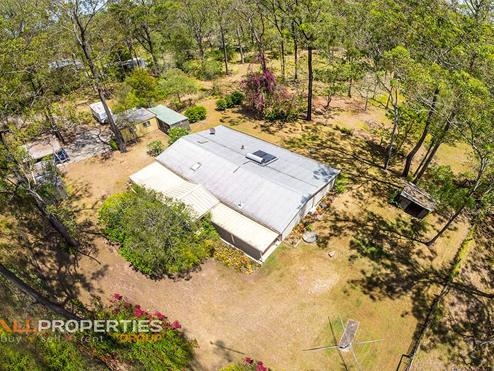 39 Smith Road, Park Ridge South, Qld 4125