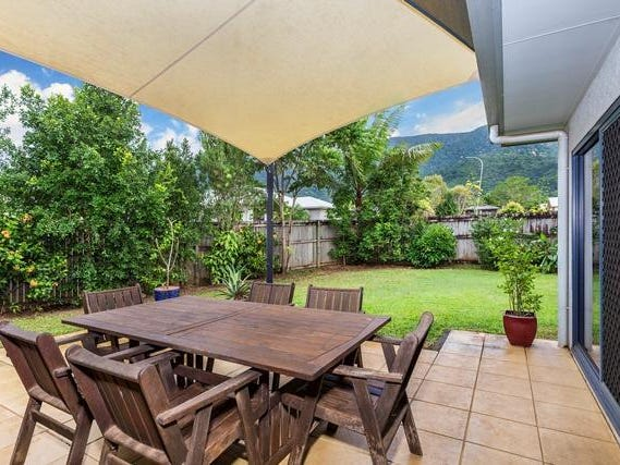 20 Heritage Street South (also known as 2-4 Fireclay Close), Redlynch, Qld 4870