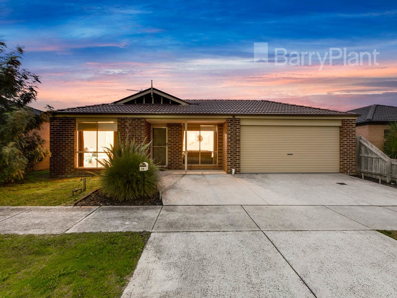 30 Walnut Way, Pakenham, Vic 3810