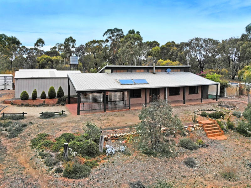 95 Lees Road, Bet Bet, Vic 3472