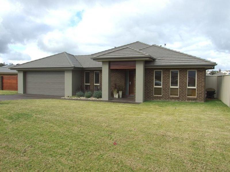 6 Candlebark Crescent, Orange, NSW 2800