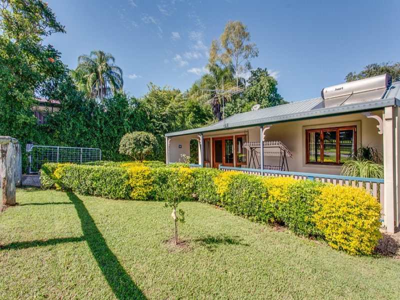 39 McGregor St, Harrisville, Qld 4307