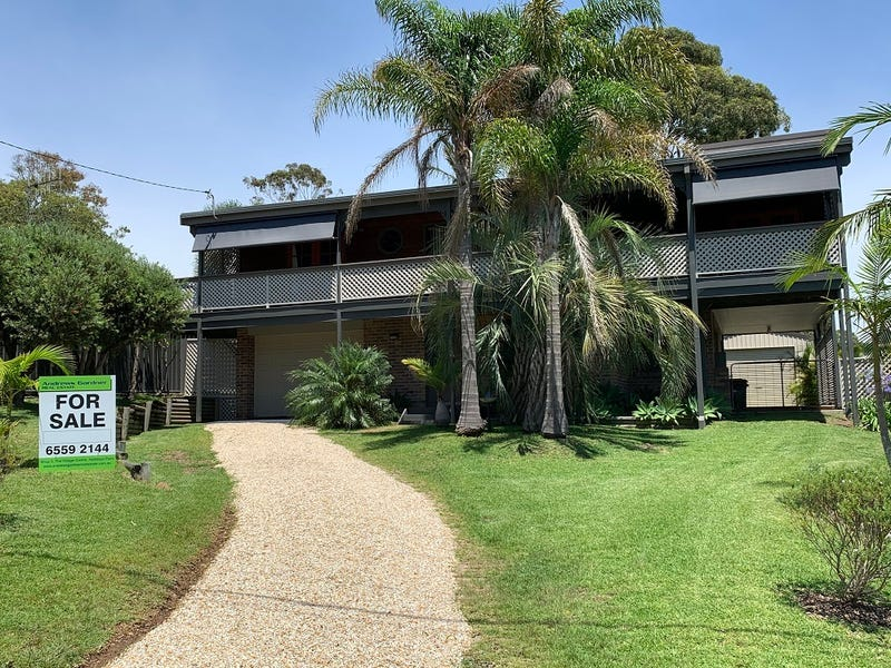 7 Escapade Avenue, Diamond Beach, NSW 2430
