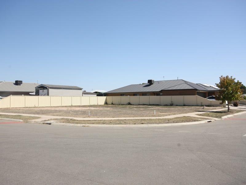 16 Senator Drive, Benalla, Vic 3672