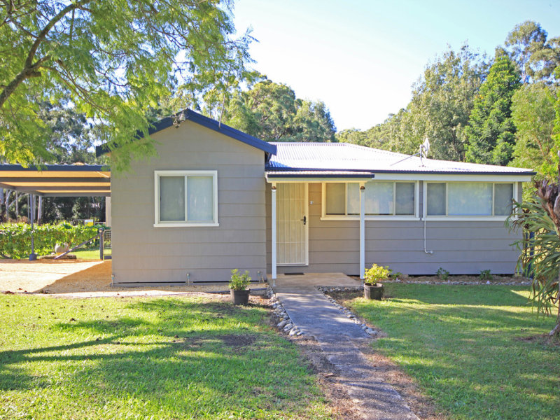 27 Station Street, Johns River, NSW 2443