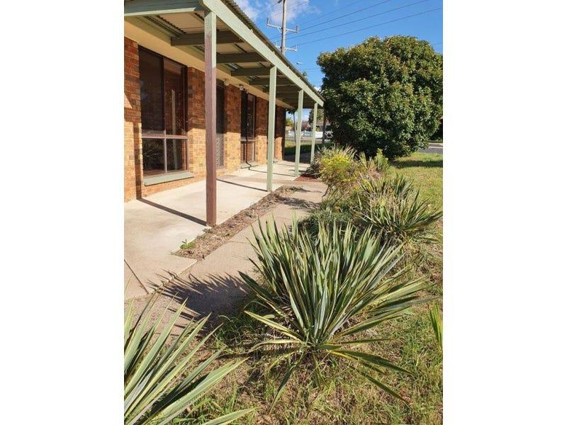 2 Bradbury Place, Karabar, NSW 2620