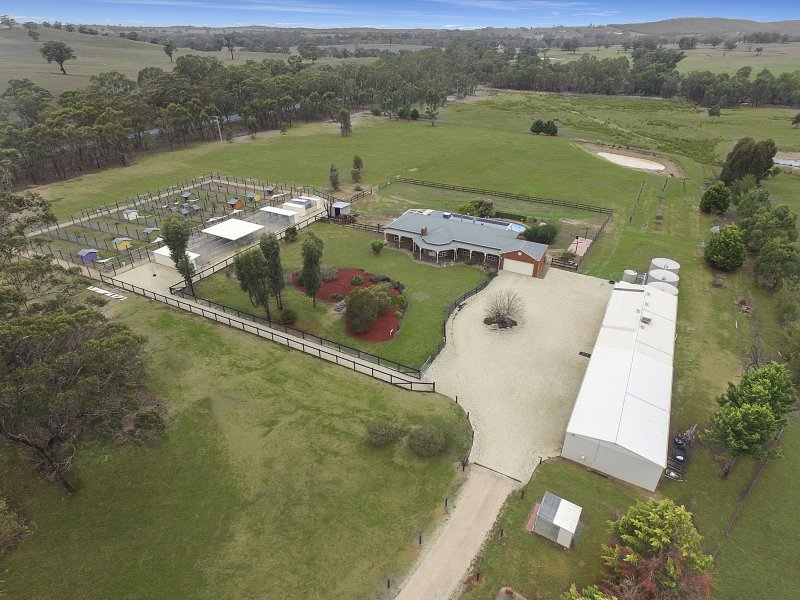 9 Lewis Road, Heathcote, Vic 3523