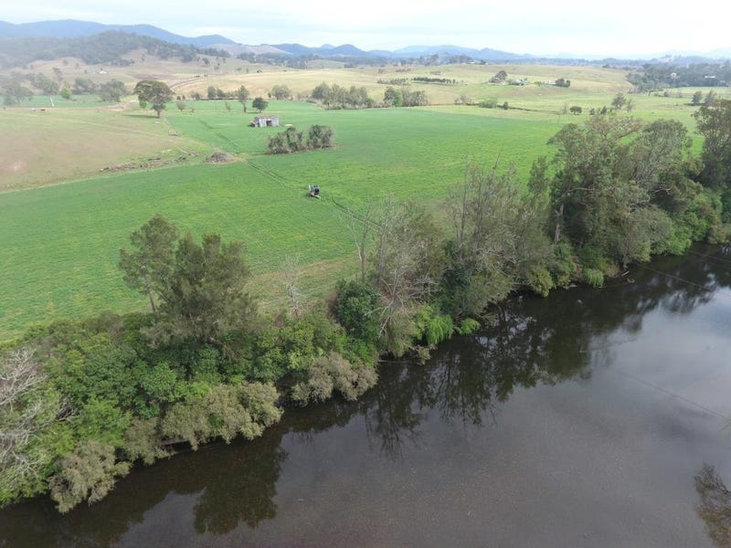 2/185 West  Road, Barrington, NSW 2422