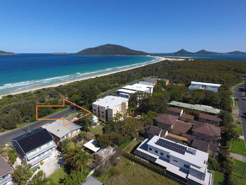 1/9-11 Beach Road, Hawks Nest, NSW 2324