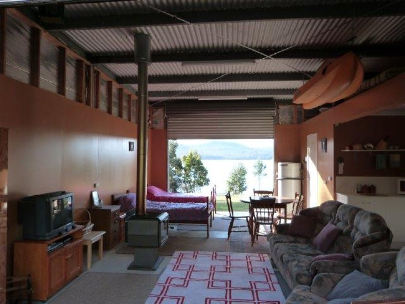556 White Beach Road, Nubeena, Tas 7184