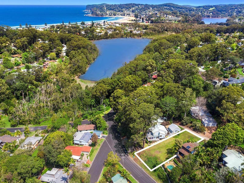 8 Harcourt Place, North Avoca, NSW 2260