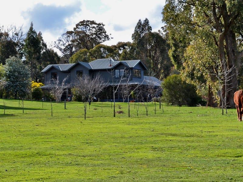 25 Bushland Close, Tolmie, Vic 3723