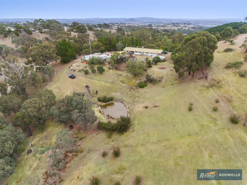 395 Davis Road, Broadford, Vic 3658