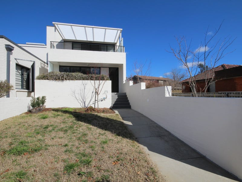 2/3 Burke Crescent, Griffith, ACT 2603